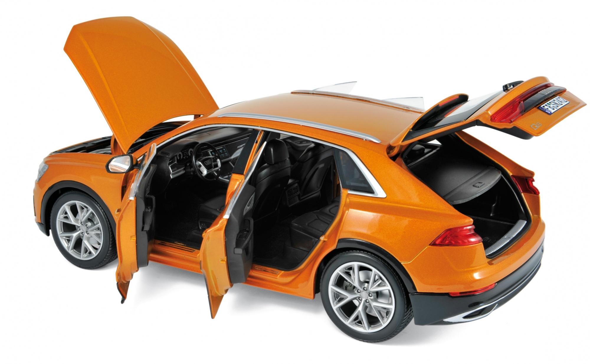 Audi Q8 2018 Orange metallic