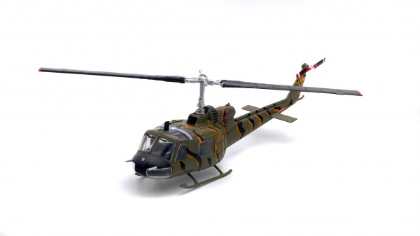 BELL UH-1B HUEY 117th AVIATION COMPANY