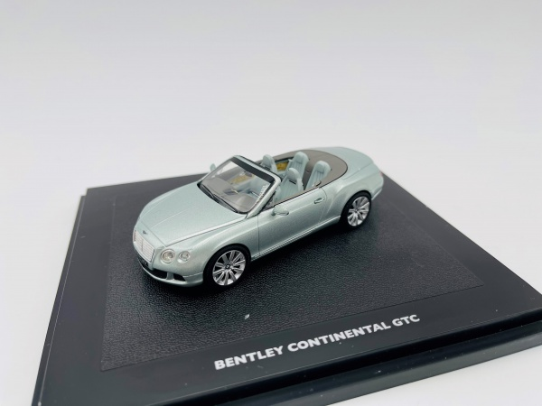 Bentley Continental GTC de 2011 Breeze Blue