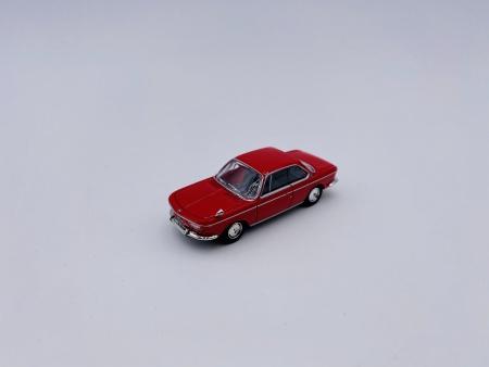 BMW 2000 CS Rouge