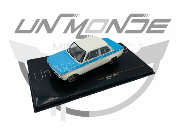 BMW Koepchen 2002 TII 1974 Bleu Blanche