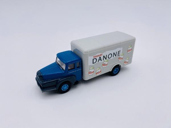 Camion UNIC ZU 122 Izoard DANONE