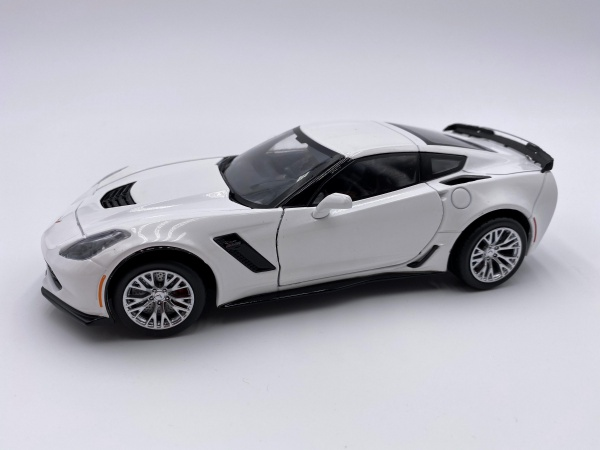 Chevrolet Corvette Z06 2019 White