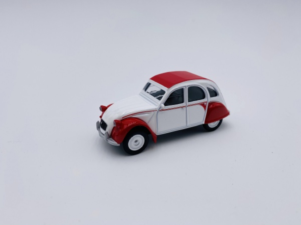 Citroën 2CV Dolly 1986 White & Red