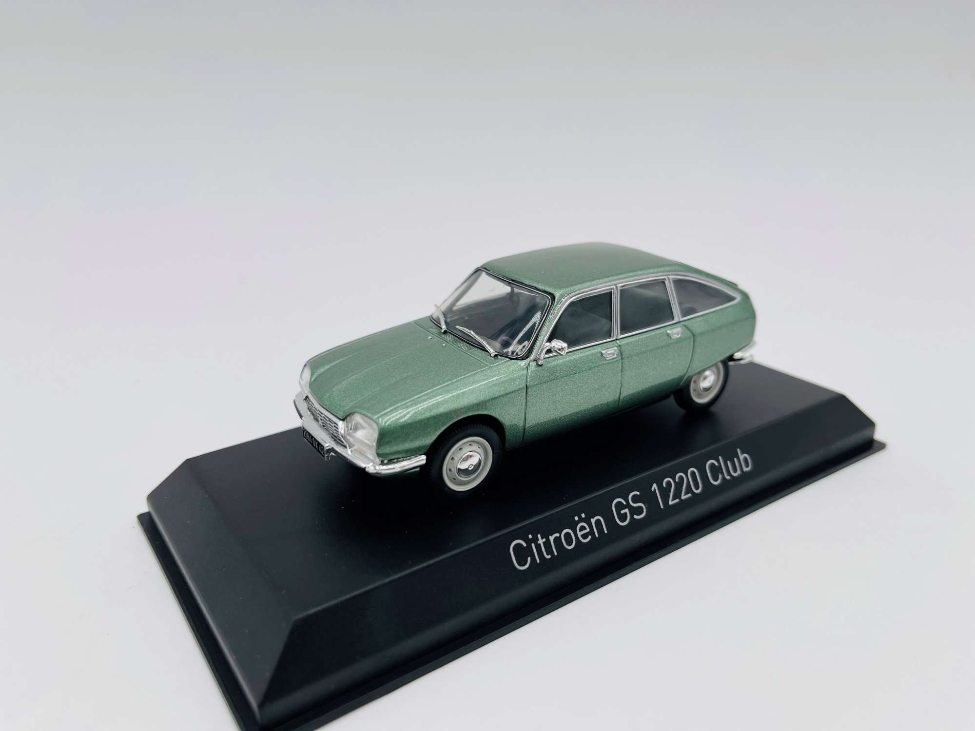 Citroën GS 1200 Club 1973 Silver Green