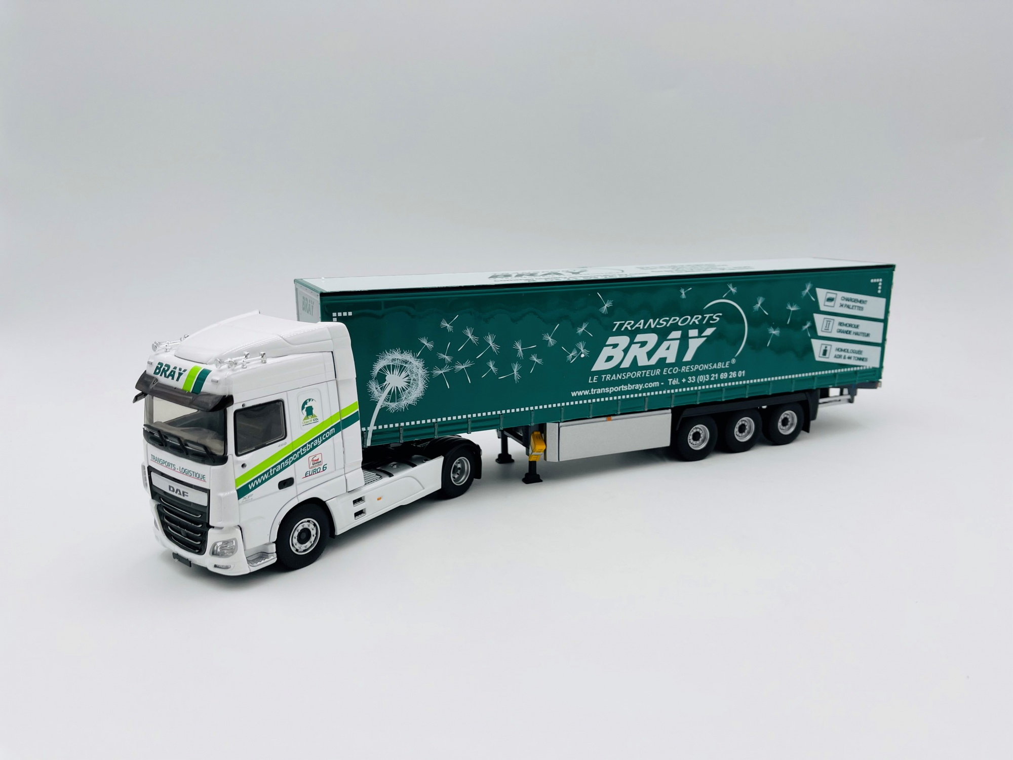 Daf XF 480 My 2017 Superspace Cab Tautliner Transport BRAY