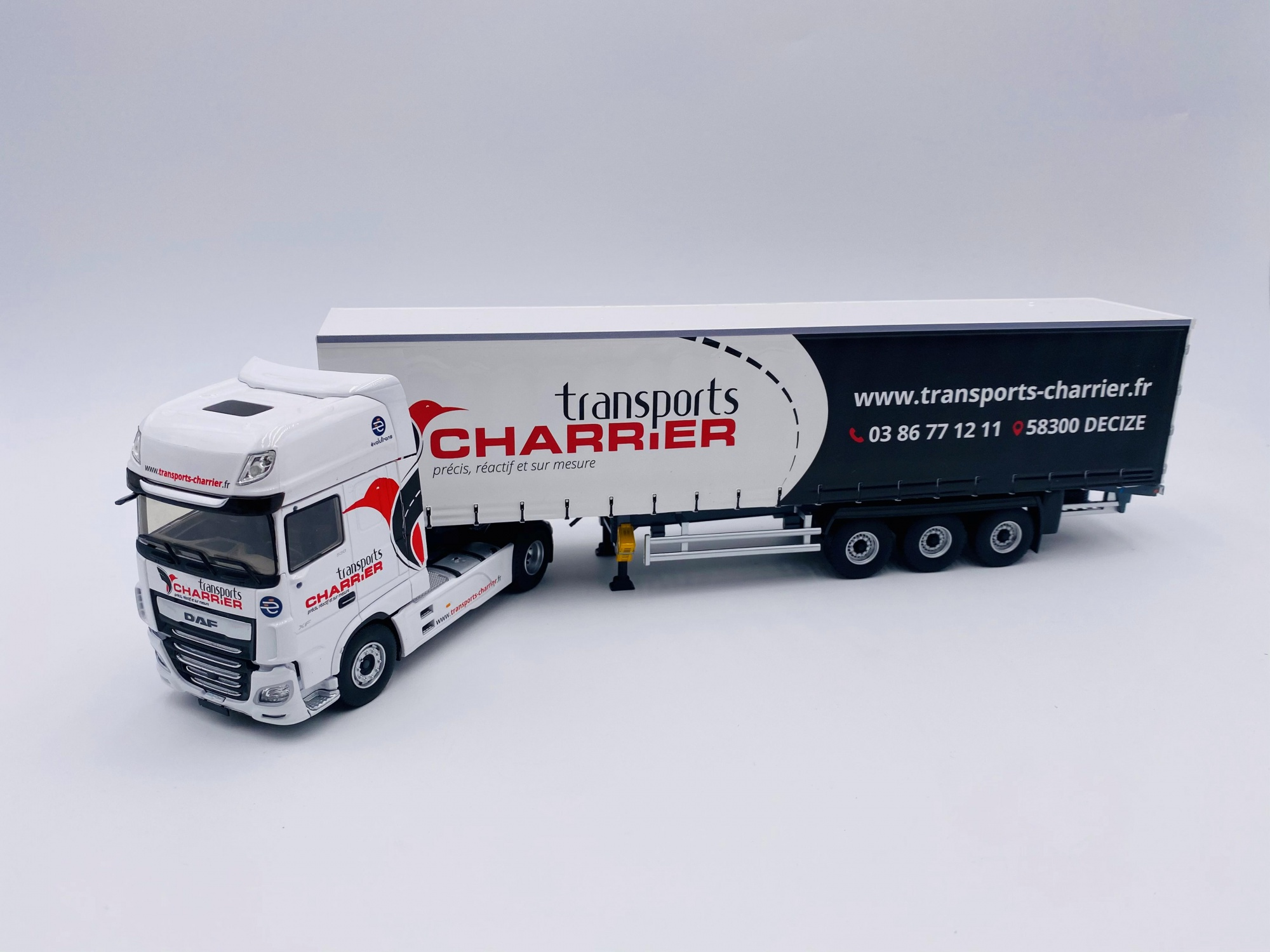 Daf XF MY 2017 Tautliner Transports CHARRIER