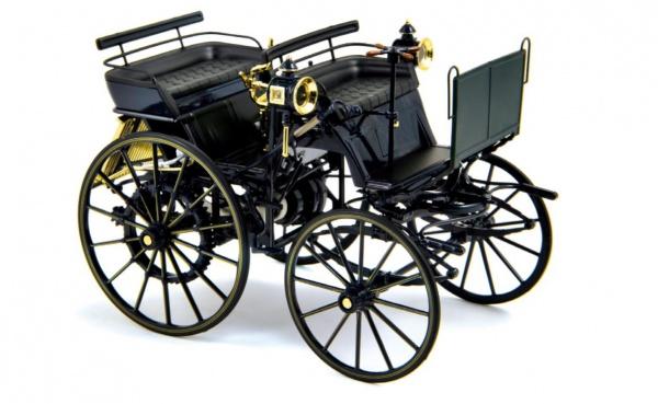 Daimler Motorkutsche 1886 Dark Blue