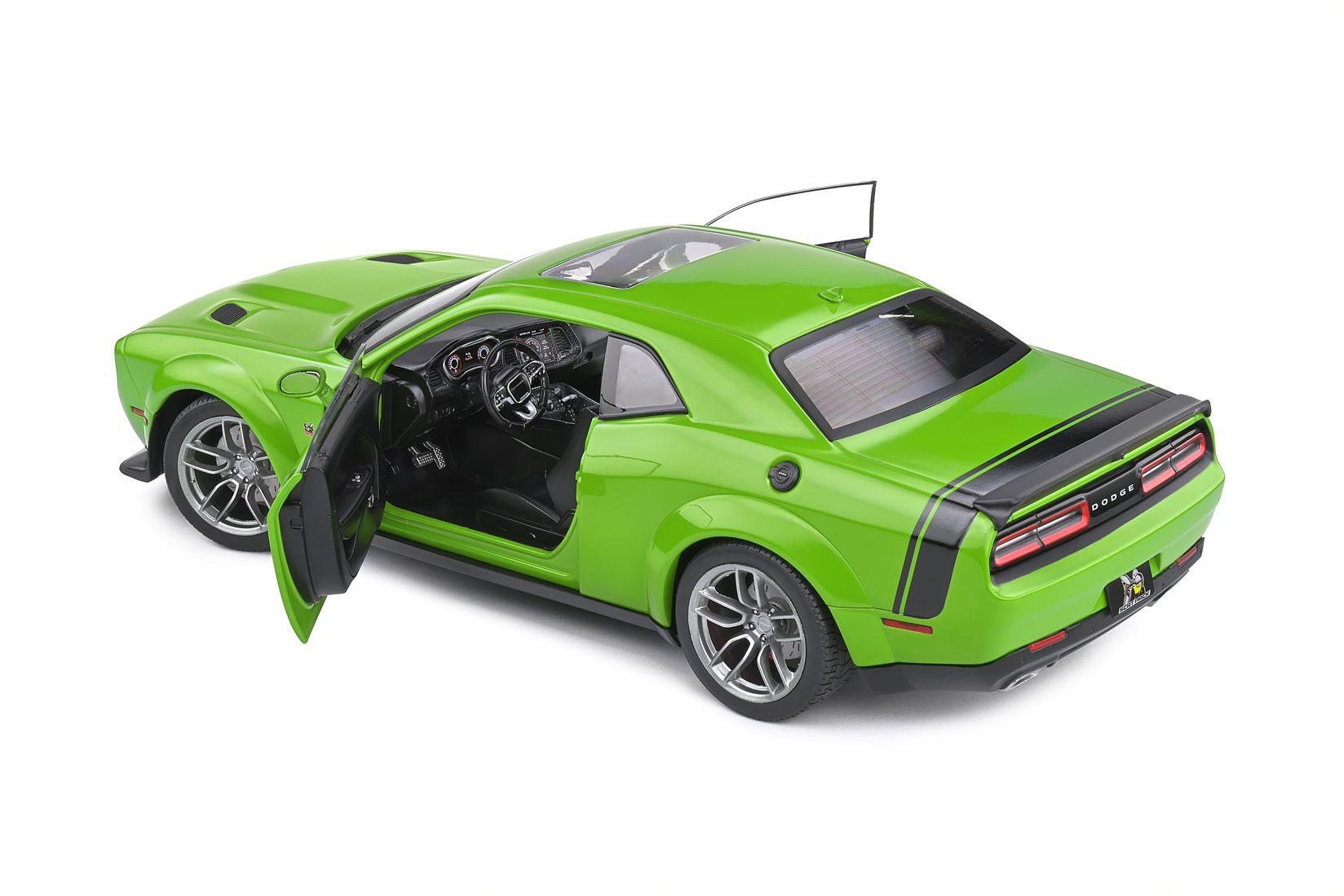 Dodge Challenger R/T Scat Pack Widebody