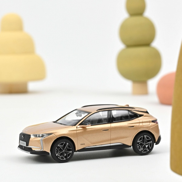 DS 4 CROSS 2021 Copper Gold