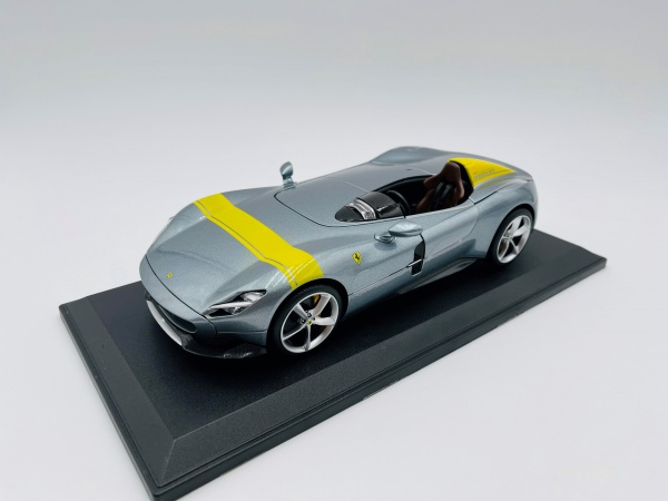 Ferrari Monza SP-1 Grey & Yellow