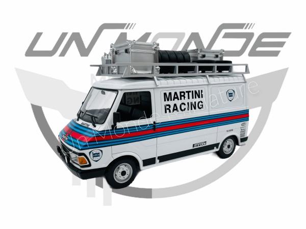 Fiat 242 Martini Rallye Team Assistance