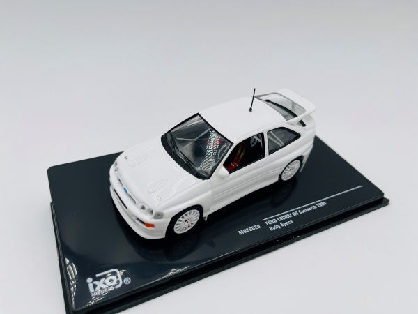 Ford Escort RC Cosworth 1994 Blanche