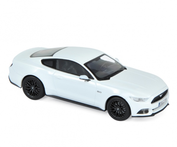 Ford Mustang 2016 White