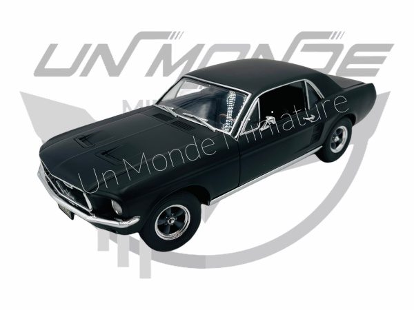 Ford Mustang Coupe 1967 Creed Rocky