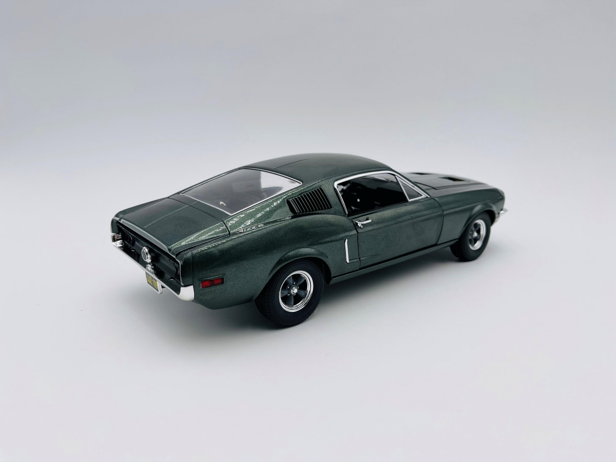 Ford Mustang GT 1968 Steve Mc Queen
