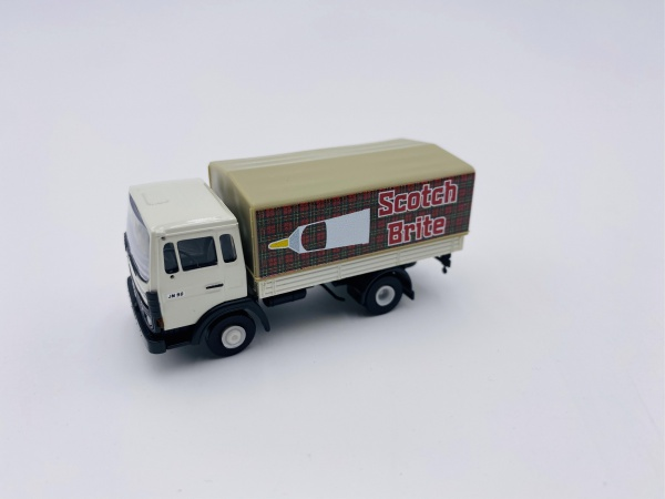 Fourgon Renault JN 90 SCOTCH BRITE