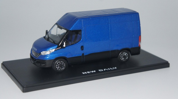 Iveco Dailly My 2019 Bleu