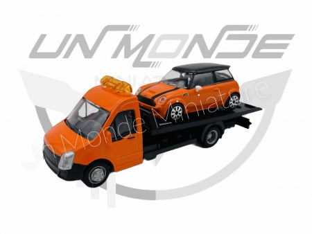 Iveco Dailly Transporteur avec Mini Cooper