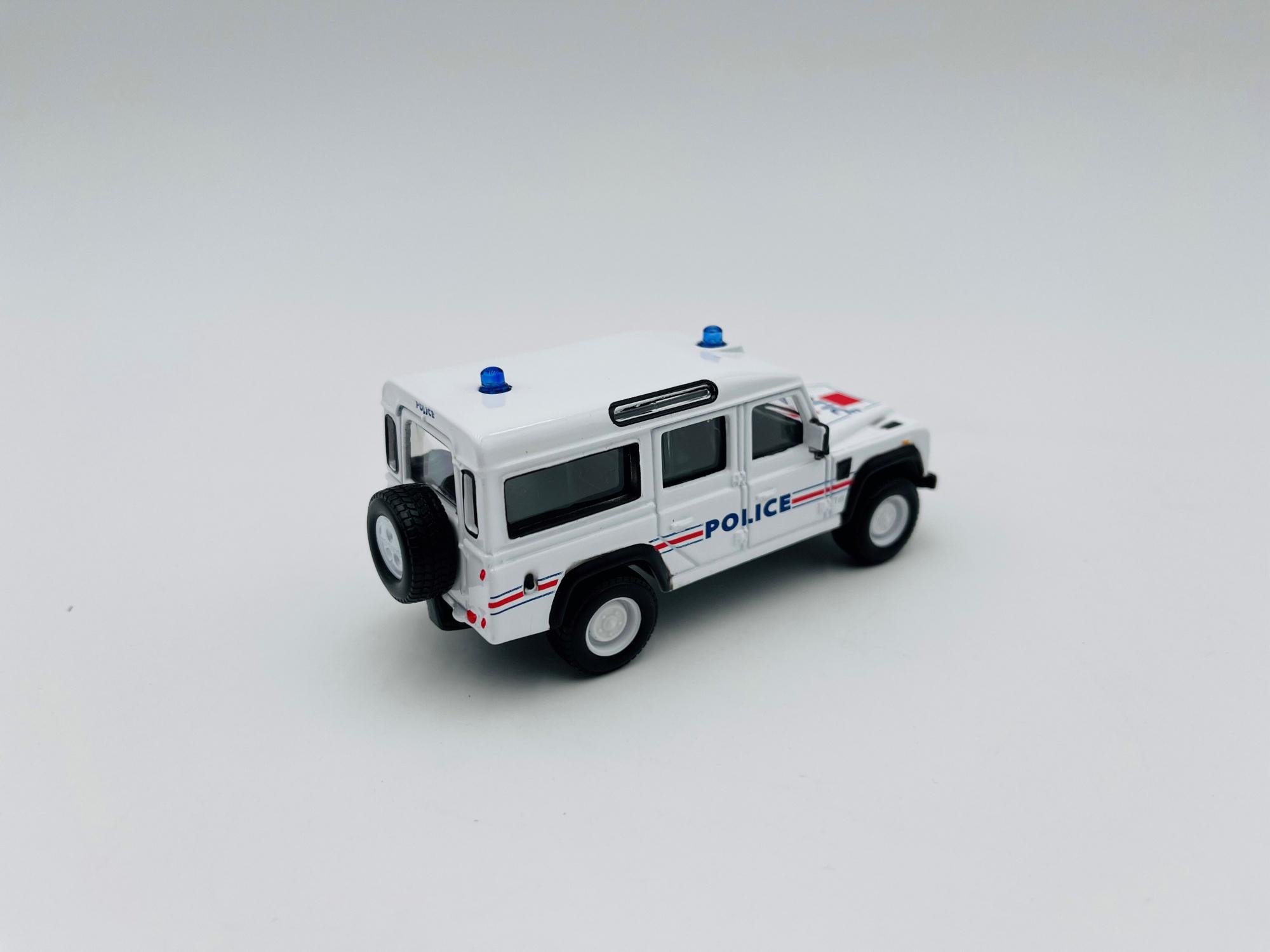 Land Rover Defender 110 POLICE