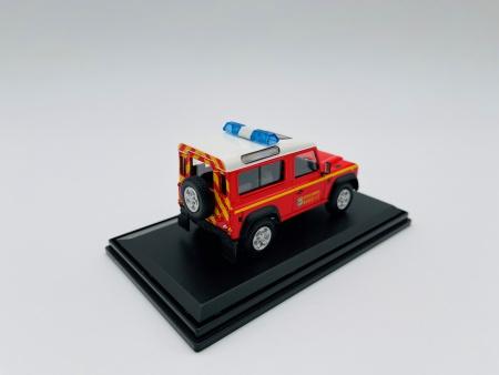 Land Rover Defender Court BMPM