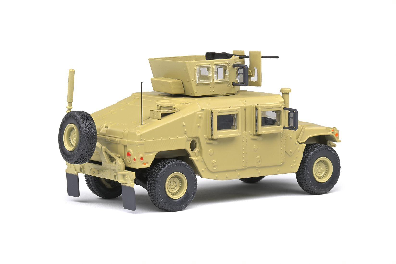 M1115 HUMVEE DESERT CAMO