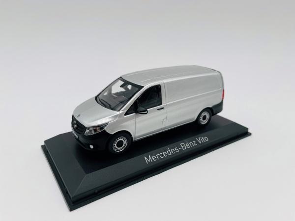 Mercedes-Benz Vito 2015 Silver