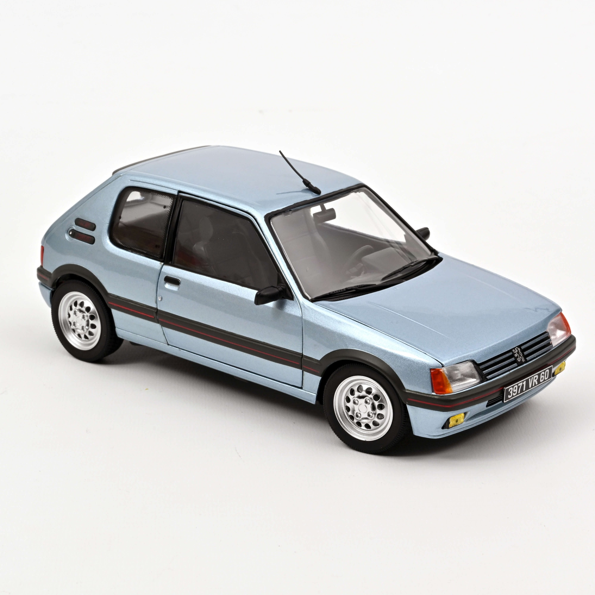 Peugeot 205 GTi 1.6 1988 Topaze Blue