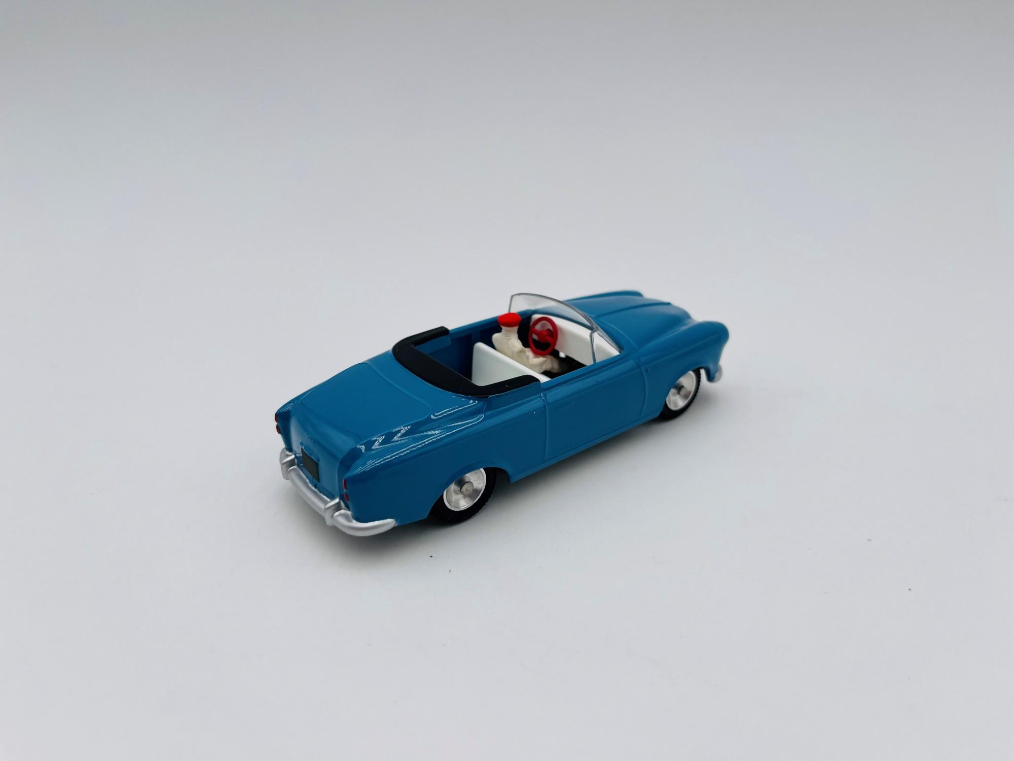 Peugeot 403 cabriolet Bleu Clair