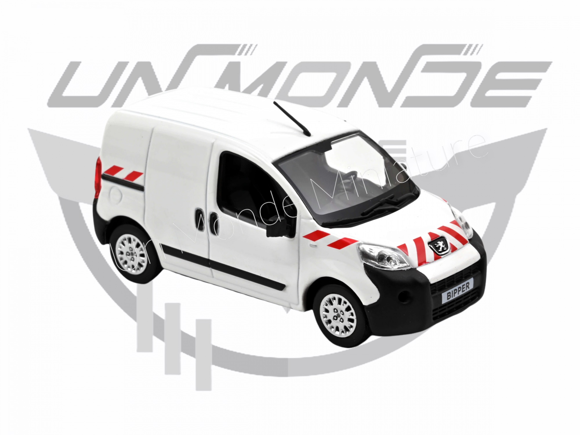 Peugeot Bipper 2009 White with red striping