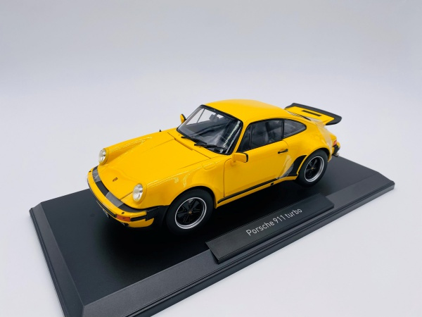 Porsche 911 Turbo 3.0 1976 Yellow