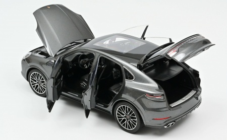 Porsche Cayenne Coupé turbo 2019 Dark Grey metallic