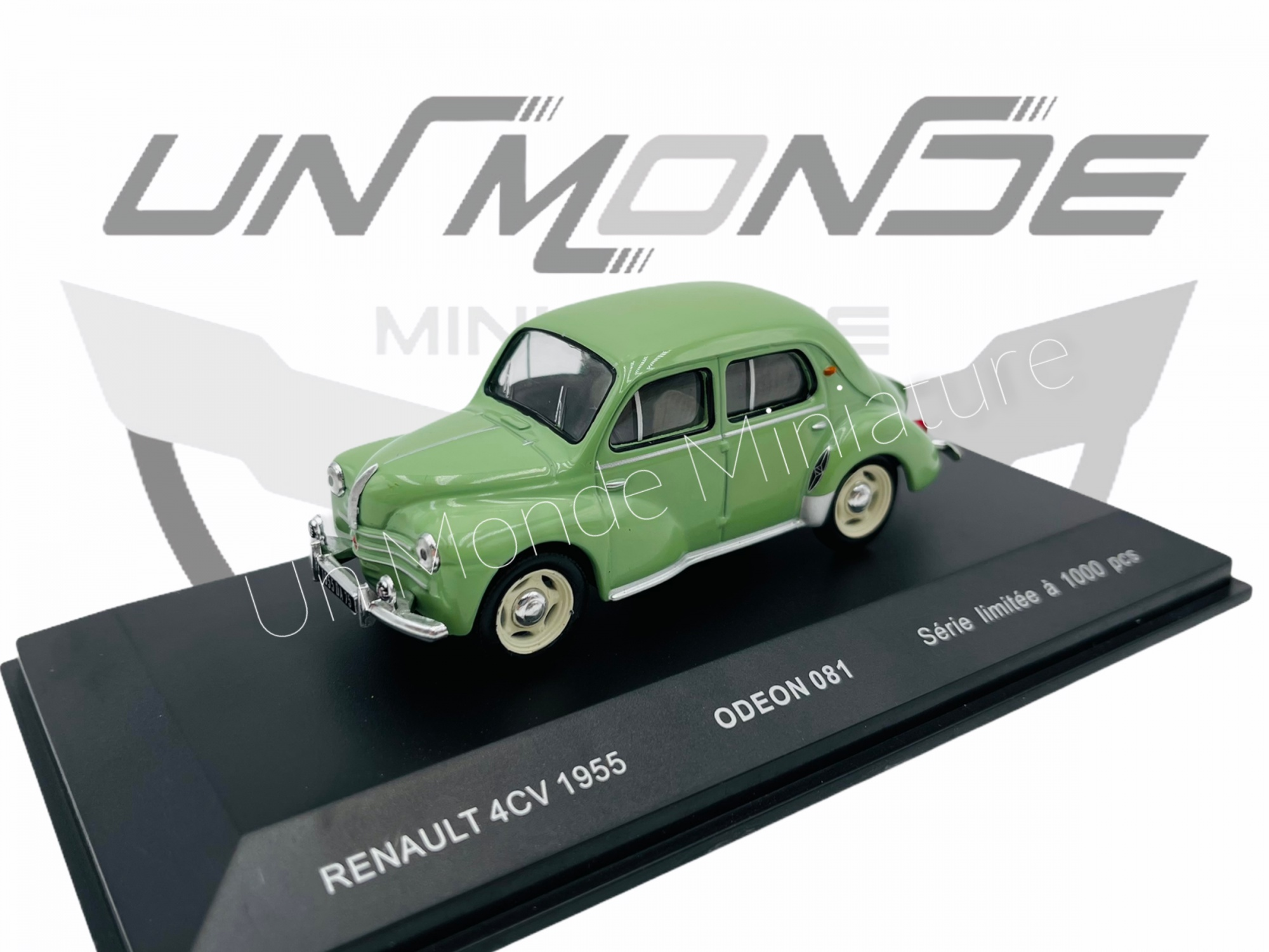 Renault 4 CV 1954 Green