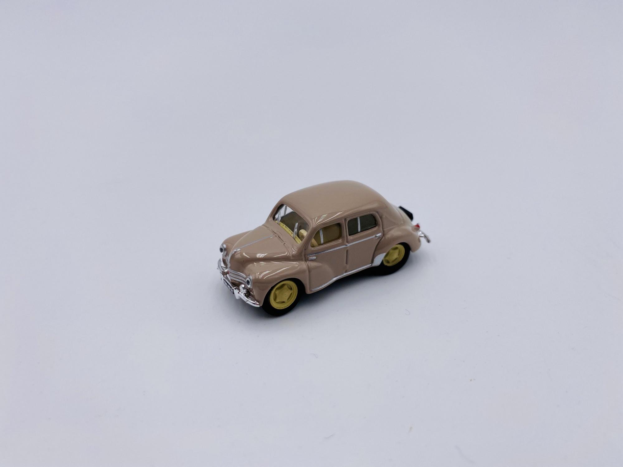 Renault 4CV 1955 Turtledove Beige