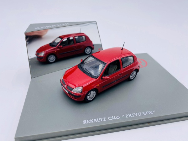 Renault Clio Privilege Rouge