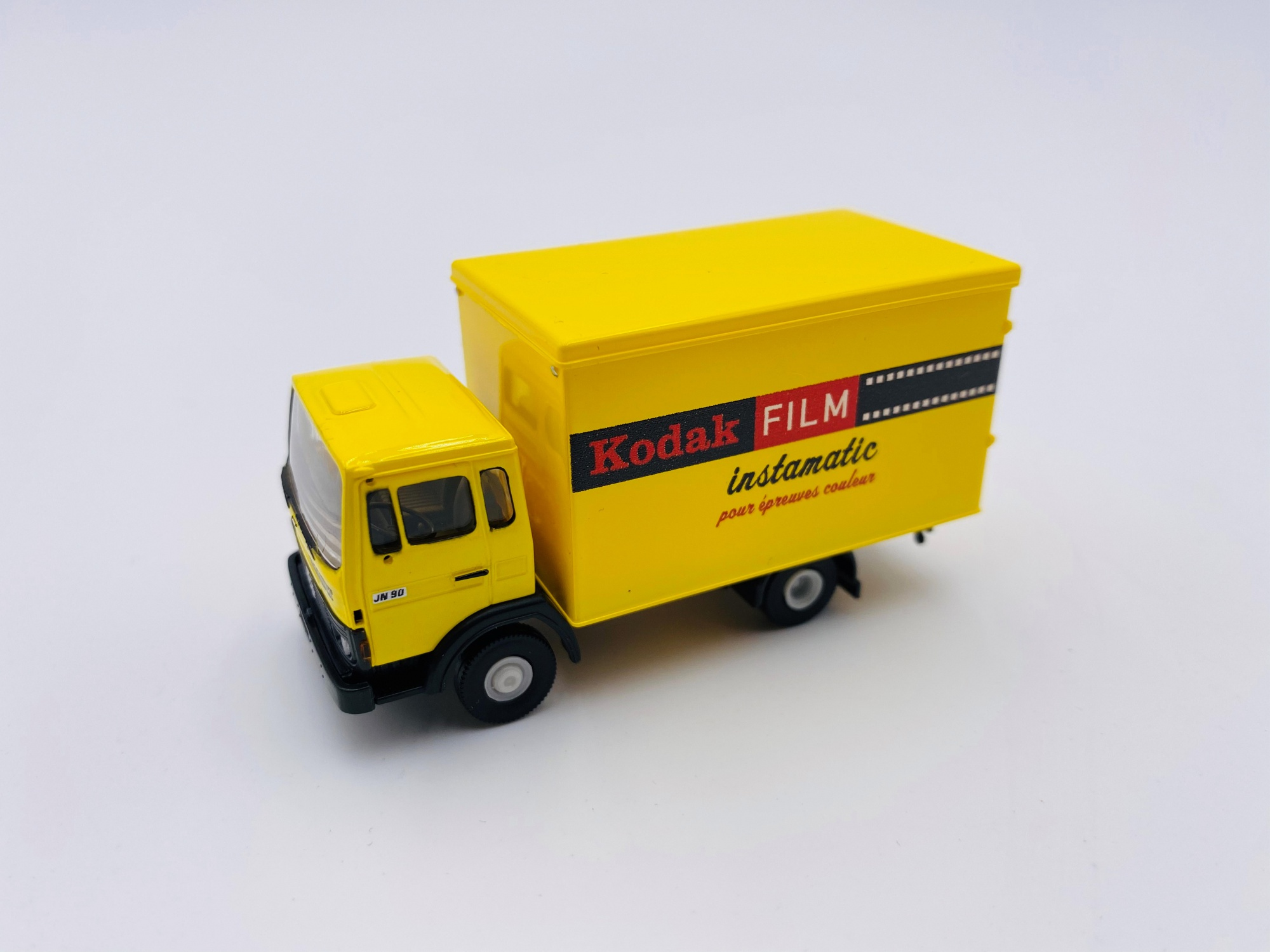 Renault JN 90 tôlé Kodak