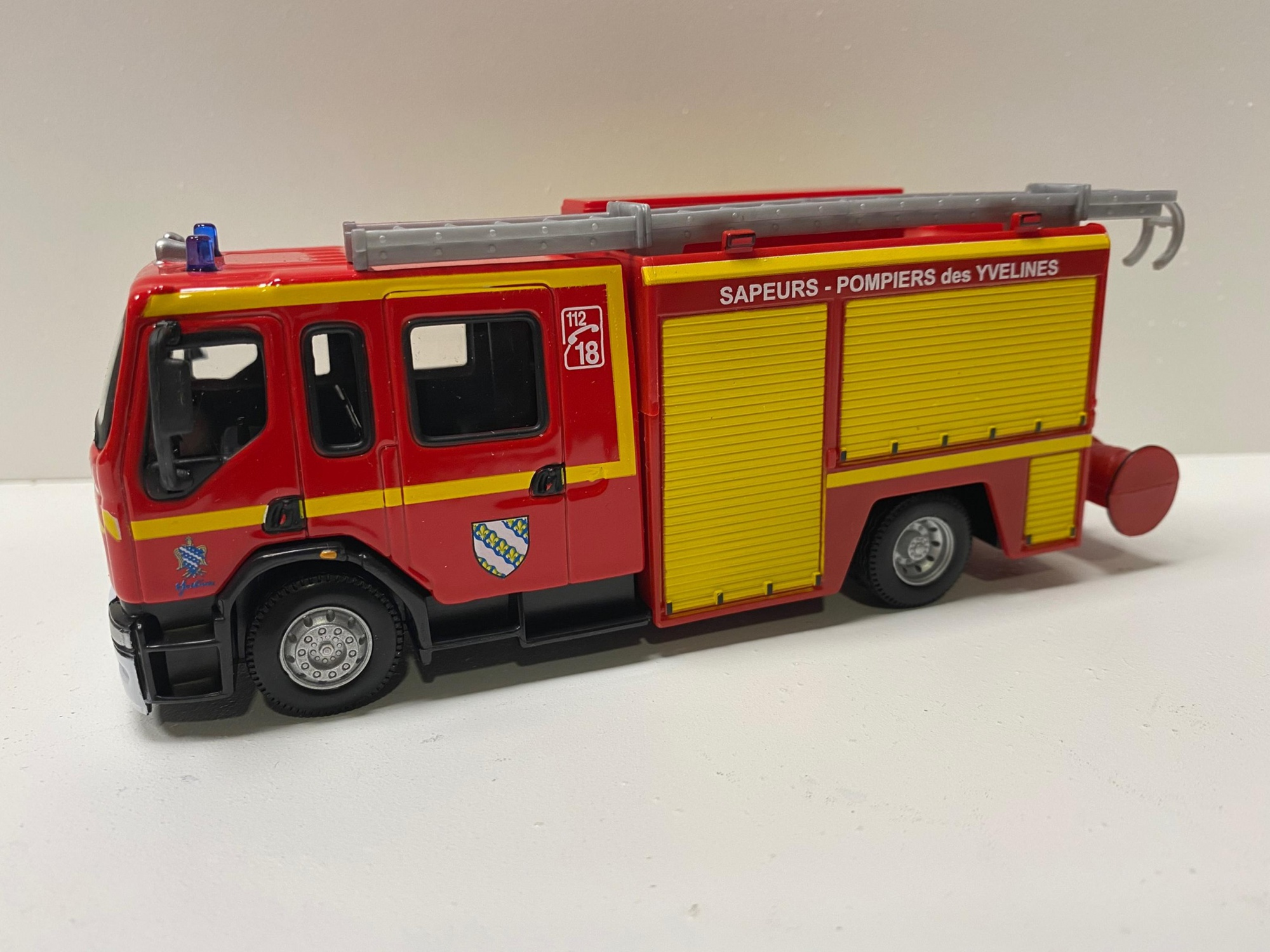 Renault Premium Pompier Rideaux Jaune 78 Yvelines