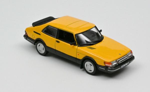 Saab 900 Turbo 1992 - Yellow