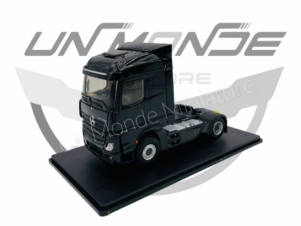 Tracteur Mercedes Actros 5 Black Edition