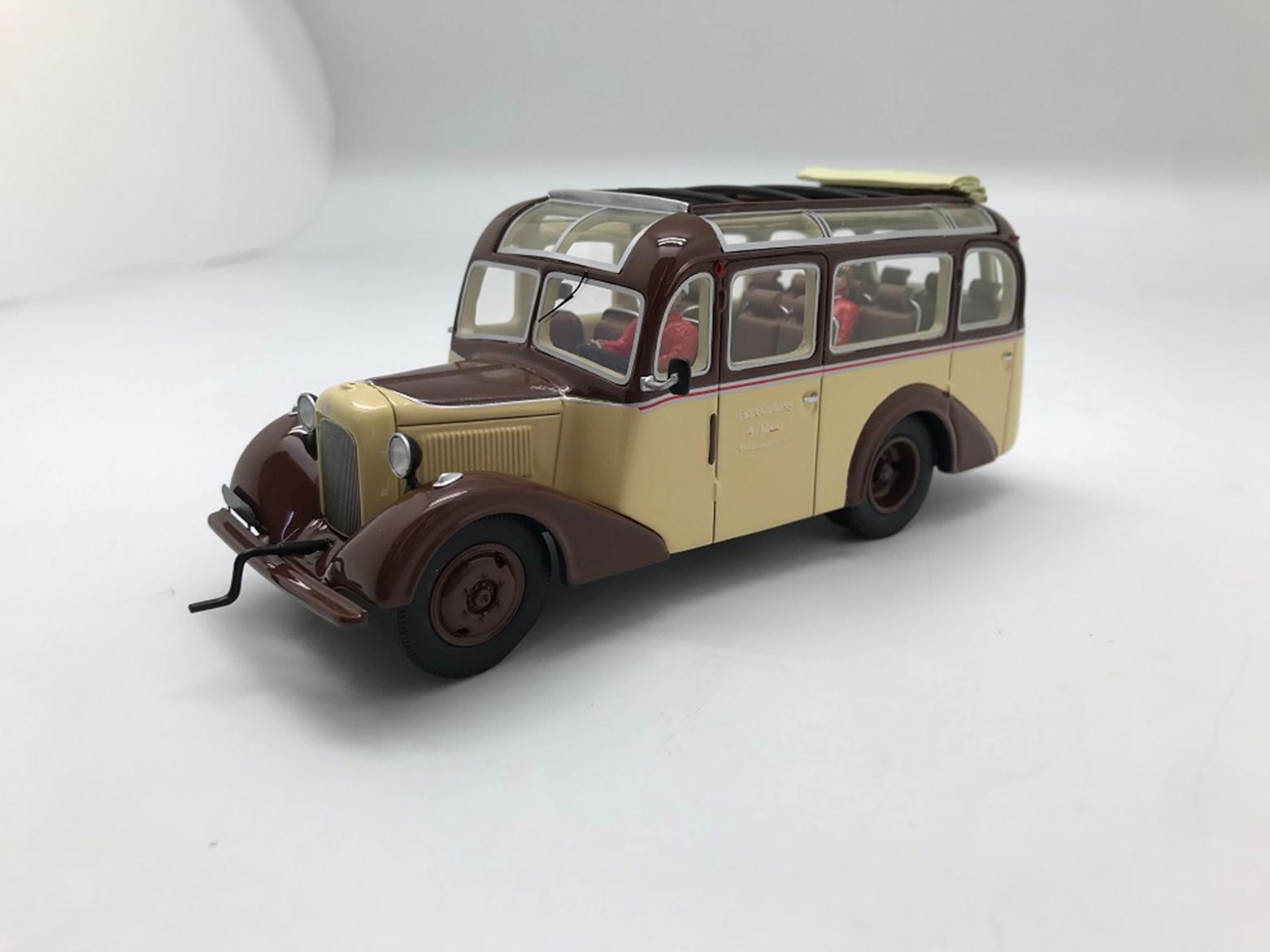 UNIC L20 1937 Faurax Et Chaussende Version Ouverte avec 2 figurines
