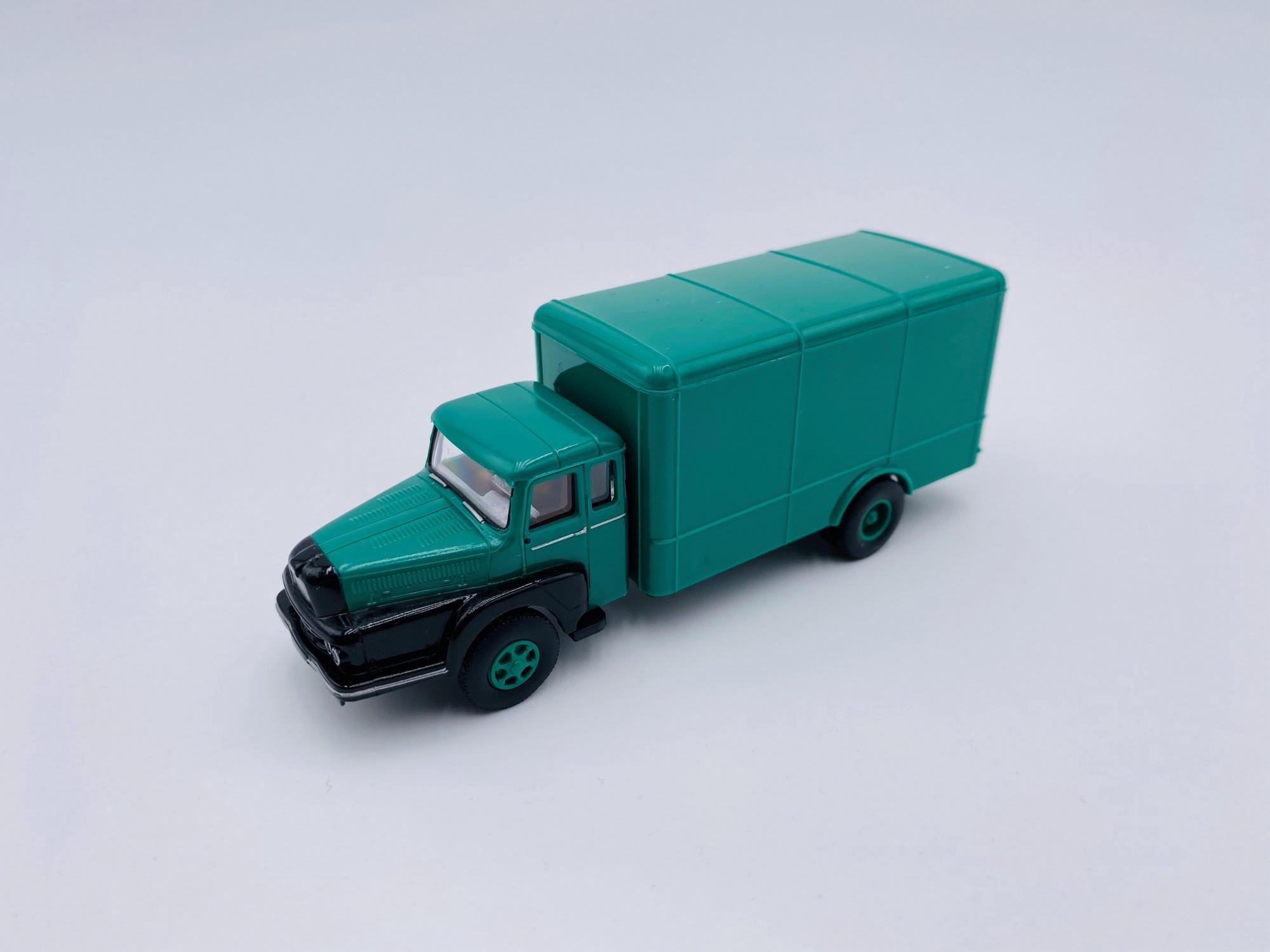 Unic ZU 122 de 1959 vert