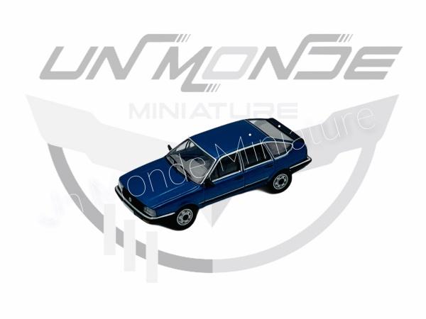 Volkswagen Passat B2 Métallic Blue