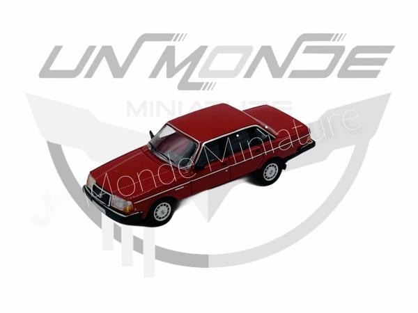 Volvo 240 Red