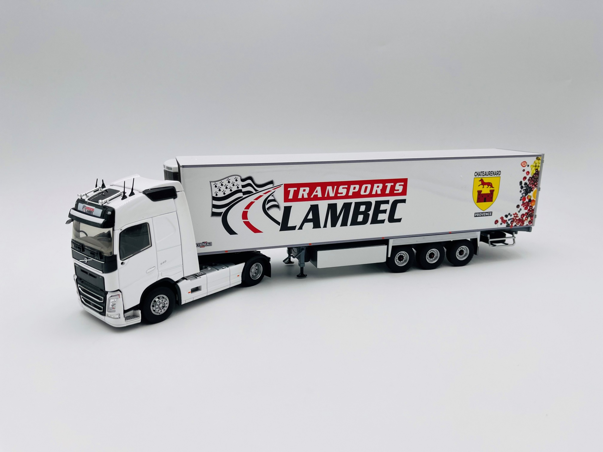 Volvo FH 4 Semi Frigo Transport LAMBEC
