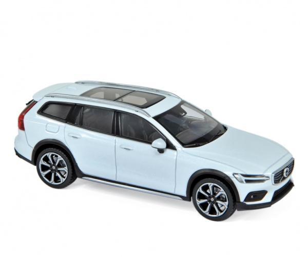 Volvo V60 Cross Country 2019 Crystal White